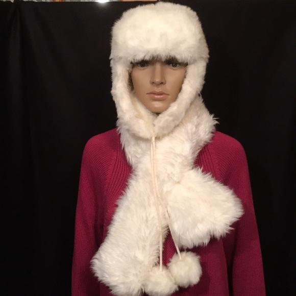 2b5080275cb34 Accessories - Hat   Scarf Set Faux Fur Warm Gift Worthy OSFM